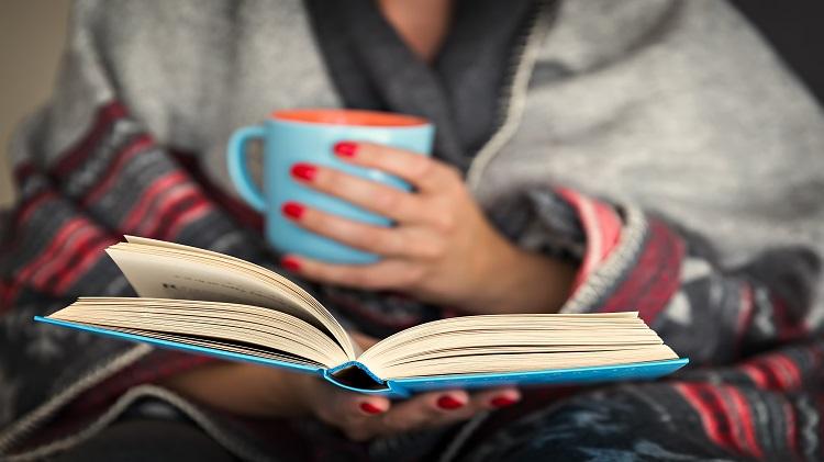 Adult Winter Reading Program
