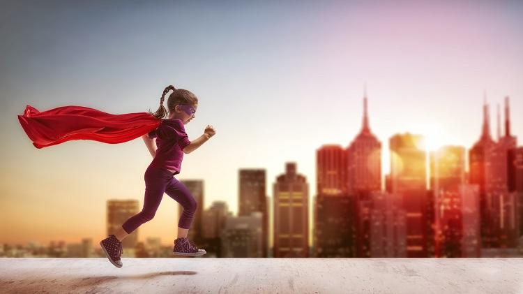 Super Hero Walk and Run